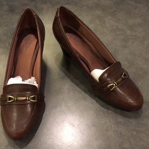 Brown Pumps with Buckle